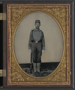 Captain Samuel H. Overton of A Company, 44th Virginia Infantry Regiment and A Company, 20th Battalion Virginia Heavy Artillery Regiment in uniform and kepi with bayoneted musket (between 1861 and 1862; LOC: LC-DIG-ppmsca-32457)