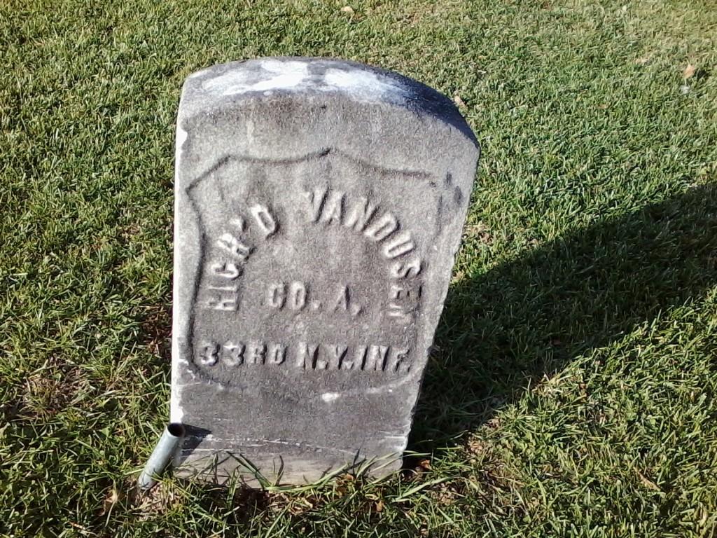 """our humorous friend"" - grave at Restvale Cemetery, Seneca Falls, NY (November 26, 2015)"