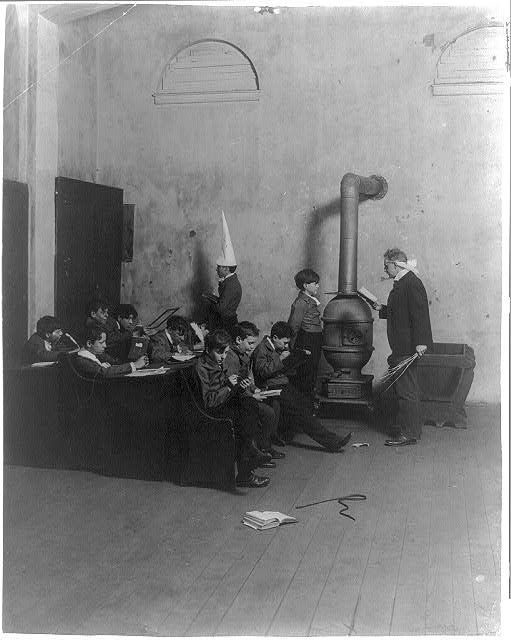 An old fashioned boys' school, 1905 (c.1905; LOC: LC-USZ62-37935)