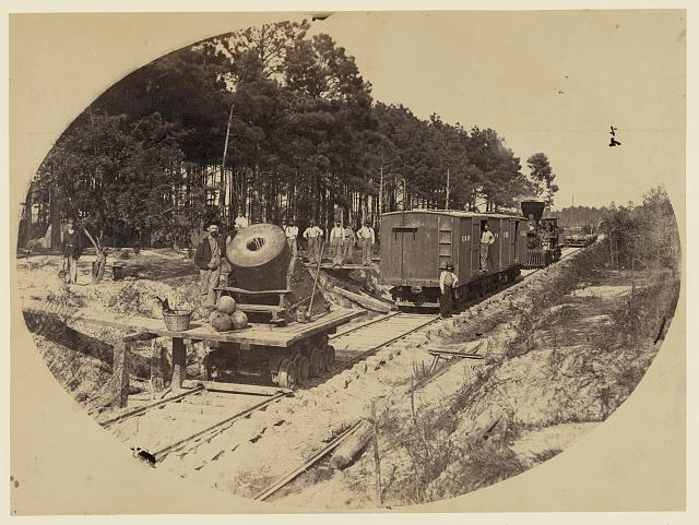 Railroad mortar at Petersburg, Va., July 25, 1864 (By Andrew J. Russell; LOC: LC-DIG-ppmsca-0827)