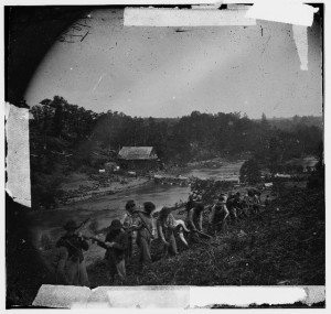 Jericho Mills, Virginia. Party of the 50th New York Engineers building a road on the south bank of the North Anna River (by Timothy H. O'Sullivan, 5-24-1864; LOCLC-DIG-cwpb-03576)