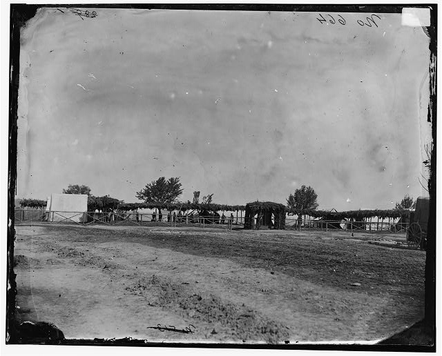 City Point, Virginia. General Hospital (1864 Sept.; LOC: LC-DIG-cwpb-04119)