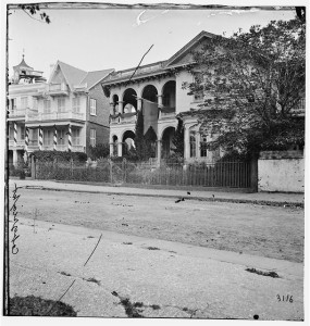 Charleston, South Carolina. Headquarters of Gen. John P. Hatch, South Battery (April or may 1865; LOC: LC-DIG-cwpb-02425)