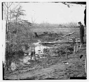 Bull Run, Virginia. Soldier's graves (by George N. Barnard, 1862 Mar.; LOC: www.loc.gov/item/cwp2003005152/PP/)