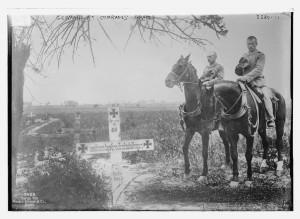 Germans at comrades' graves (1914 or 1915; LOC: http://www.loc.gov/item/ggb2005019819/)