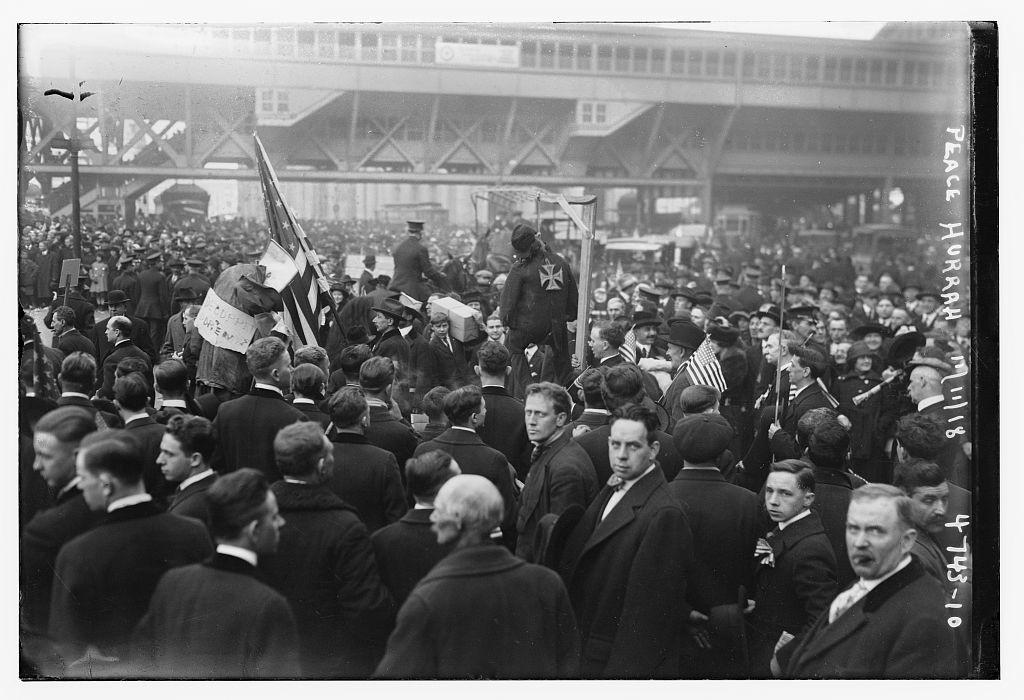 Peace Hurrah (11-11-1918; LOC: http://www.loc.gov/item/ggb2006003156/)