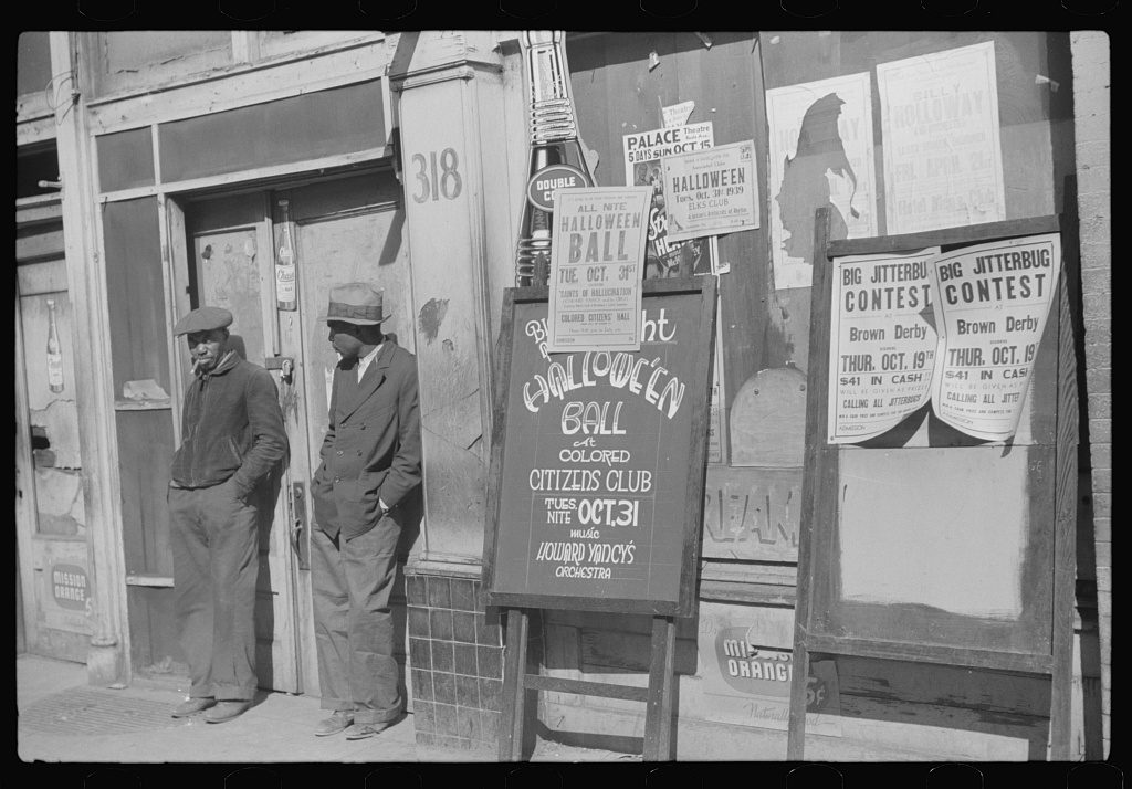 Beale Street, Memphis Tennessee (1939; LOC: https://www.loc.gov/item/fsa1998013760/PP/)