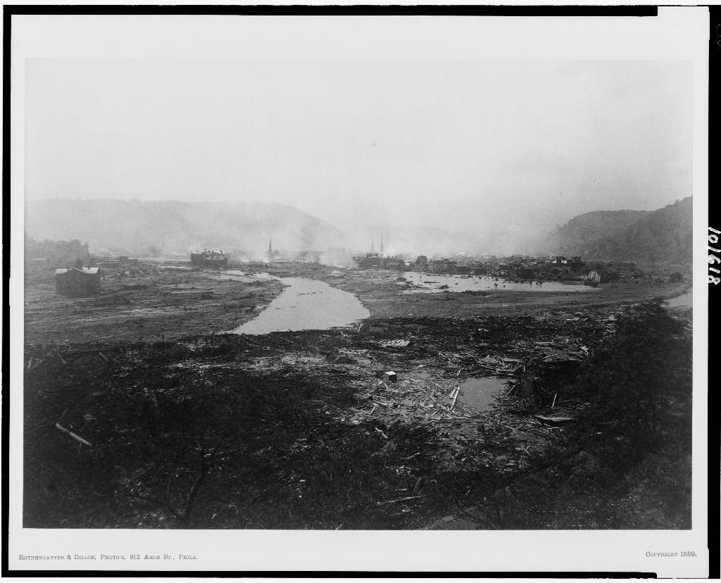 The ruins at Johnstown, after the flood May 31, 1889 / Rothengatter & Dillon, photo's, Phila. (https://www.loc.gov/item/90712948/)