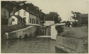 A Canal Lock at Rome, New York, Touching the Site of Fort Stanwix (http://www.gutenberg.org/files/41008/41008-h/41008-h.htm#Page_104)