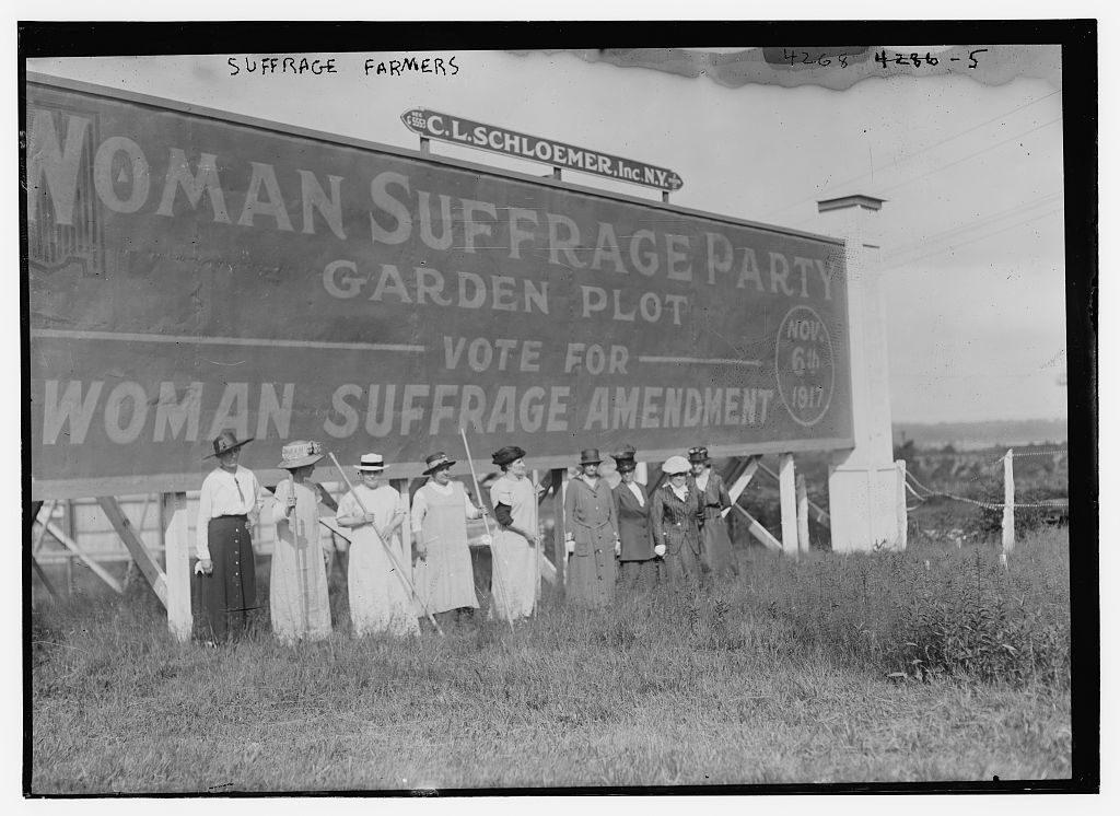 Suffrage farmers (1917; LOC: https://www.loc.gov/item/ggb2006000301/)